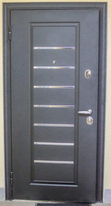 Дверь Торекс Супер Омега 10 снаружи